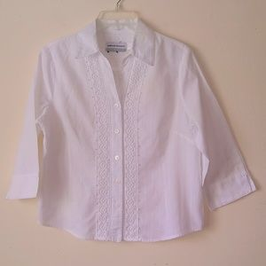 Beautiful Alfred Dunner White Blouse Size 6P